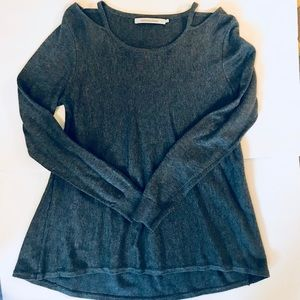 Stitches & Stripes Stitch Fix Peekabo Shoulder Top